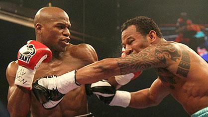 Floyd Mayweather Jr vs Devon Alexander