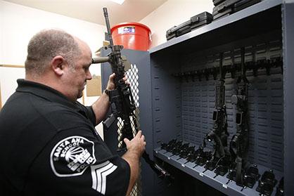Santa Ana tiene Rifles, pero no en los Campus