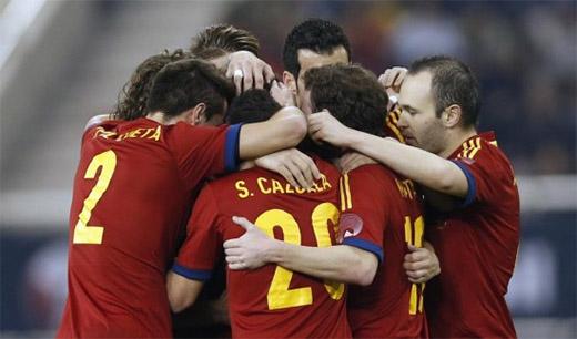 España golea 10-0 a Tahití