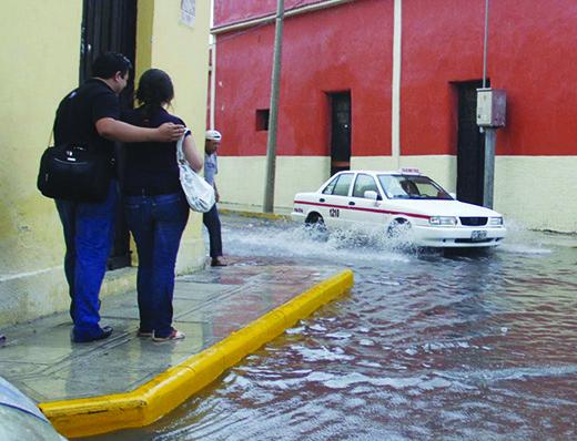 Lluvias azotan México y C.A.