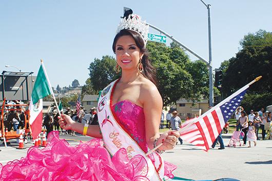 Fiesta en desfile de East Los Angeles