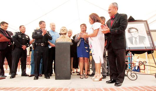 Tributo a la memoria del Oficial Vargas