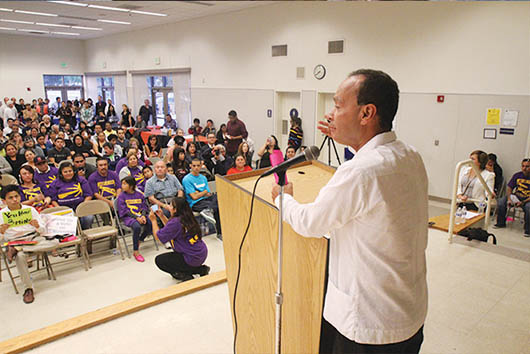 Obama parará deportaciones: Luis Gutiérrez