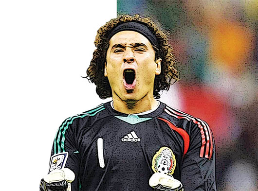 Memo Ochoa, el  elegido por el 'Piojo'