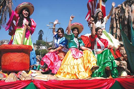 """""""El orgullo que nos une"""" tema del Desfile 2014"""