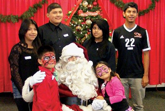 Adopta una familia: Celebración de Navidad