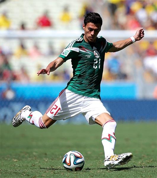 El mexicano Héctor Moreno sueña con jugar en un  equipo 'grande'