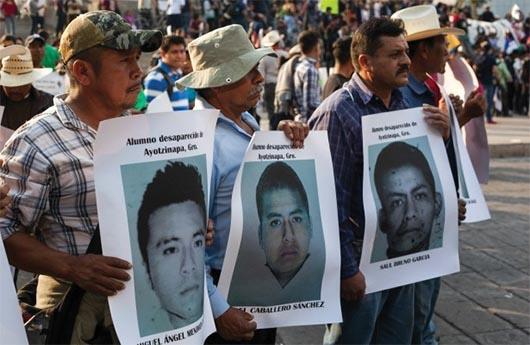 FBI ayuda a investigadores mexicanos en búsqueda de estudiantes desaparecidos