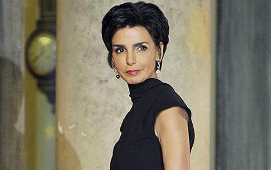 El esposo de Salma Hayek le es infiel