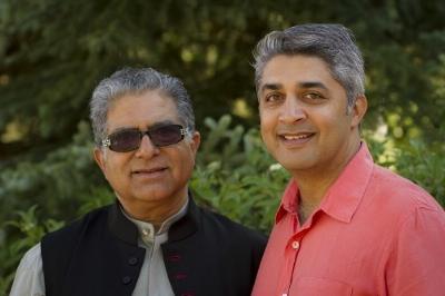 Deepak Chopra, M. D., médico de renombre mundial y exitoso escritor y Poonacha Machaiah, empresario y experto en tecnología.