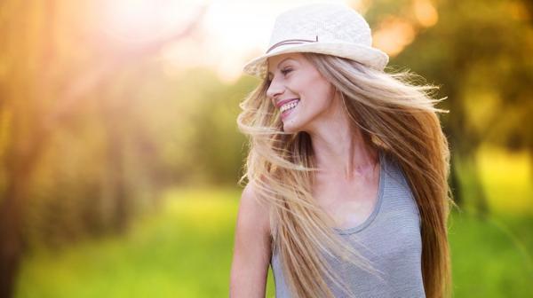 Los cinco atributos femeninos que más atraen a los hombres