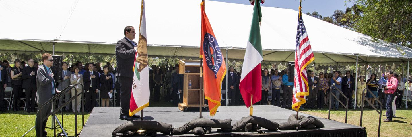 Develación De La Estatua De Miguel Hidalgo En Orange County CA.